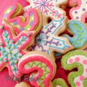 Winter Wonderland Royal Icing Cookies - Riley Bakes